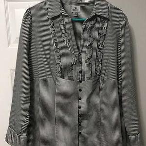 Worthington button down shirt